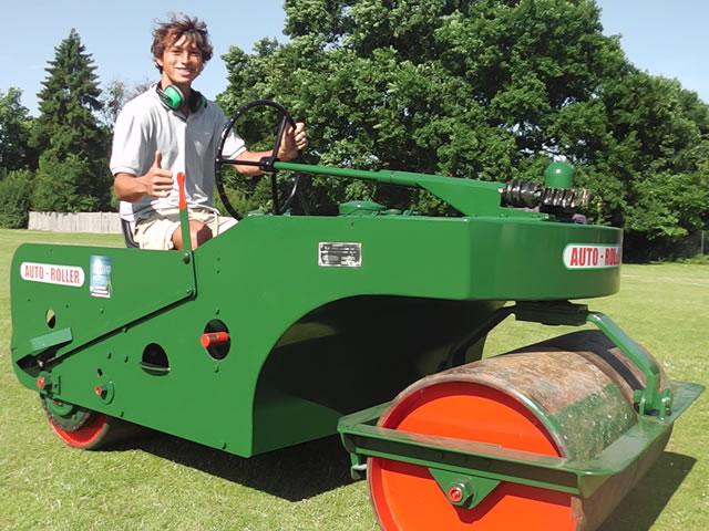 stothert-and-pitt-green-cricket-roller